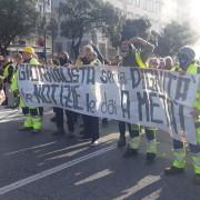 Manifestanti al corteo di Trieste
